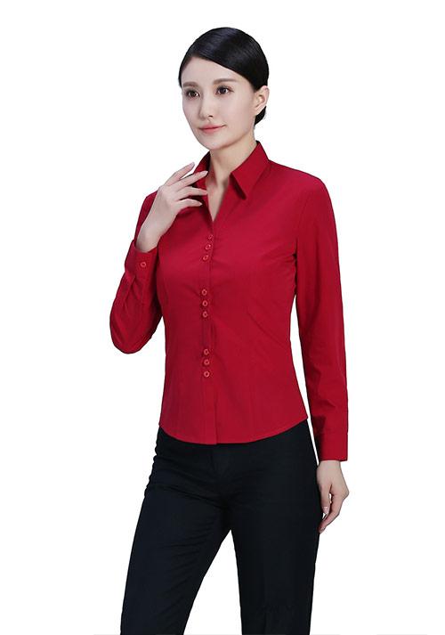 红色纯棉衬衫