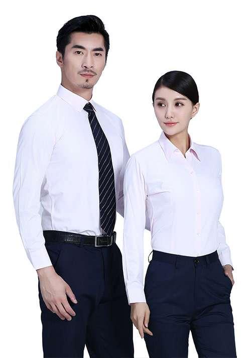 浅蓝纯棉衬衫