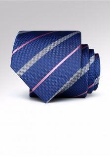 你知道几种西装领带的打法?